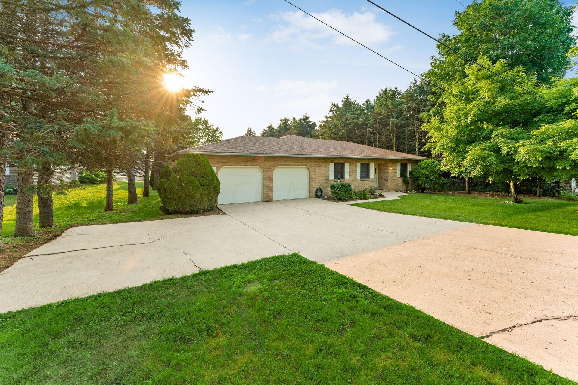Brick Ranch - Extended Driveway
