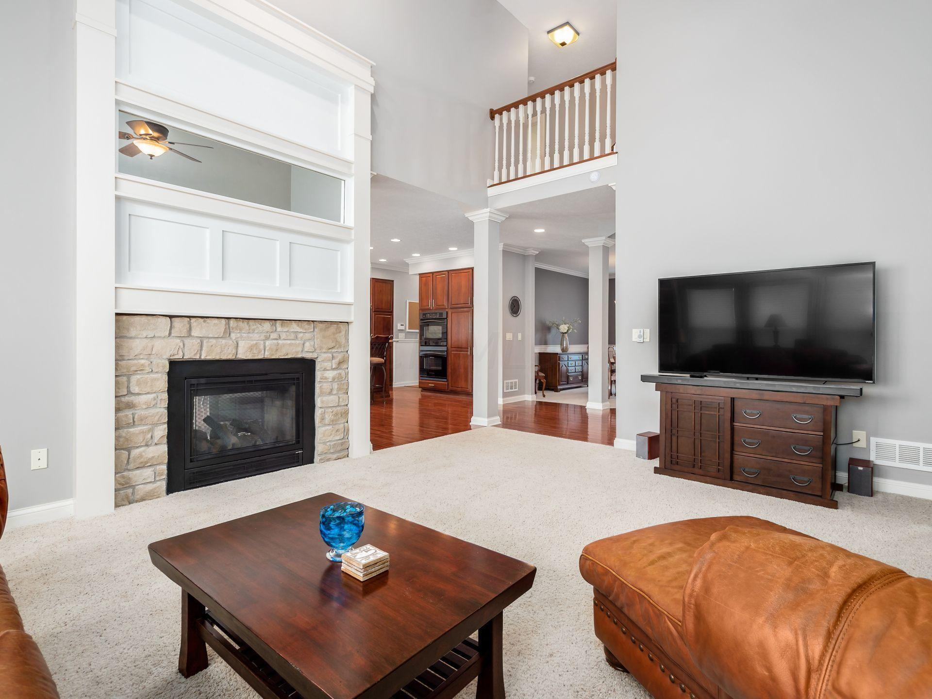 Dramatic Vaulted Great Room