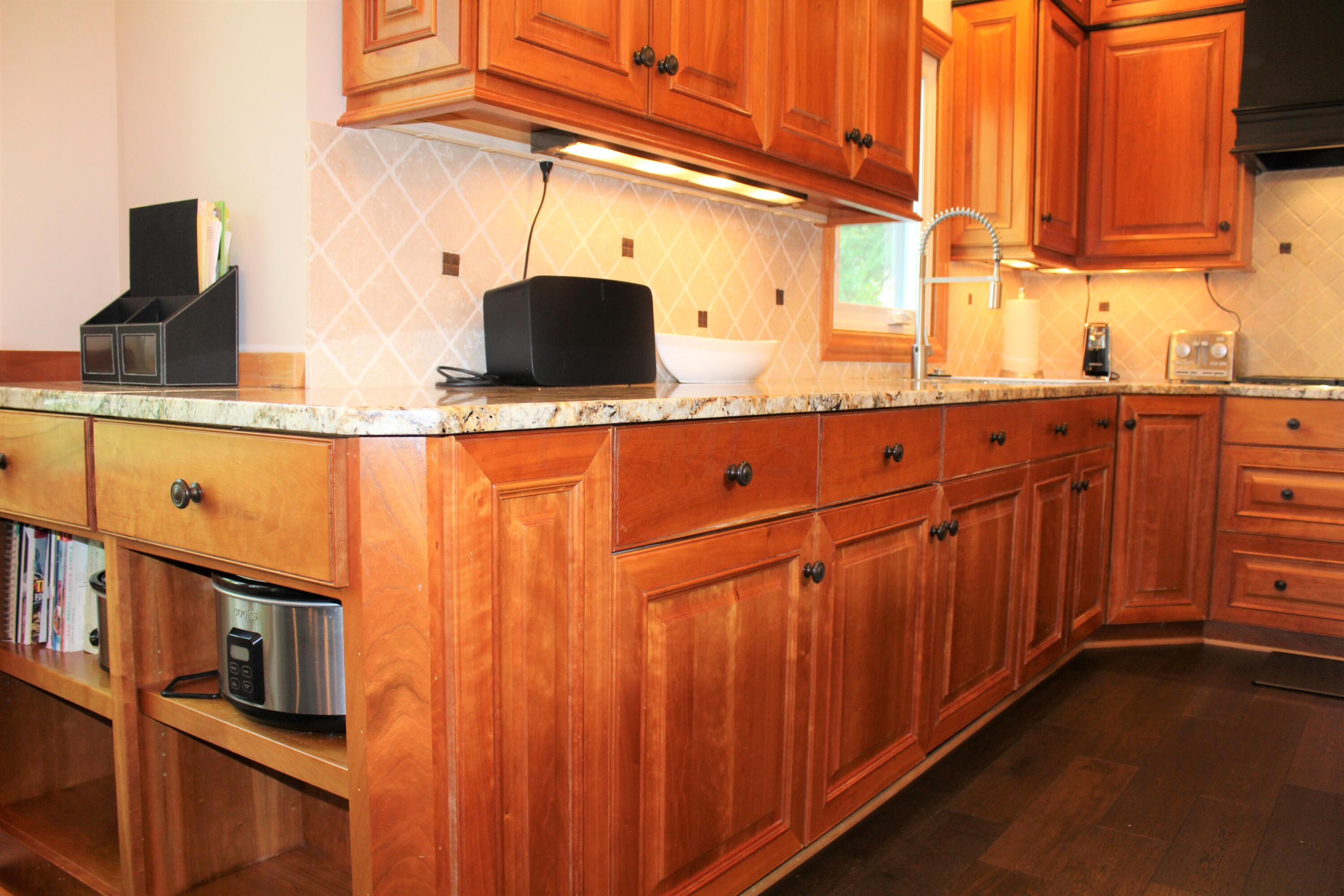 Cook book space & under cabinet lighting