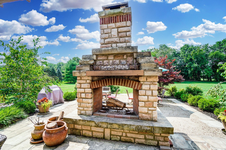 Woodburning Fireplace/Gas Starter