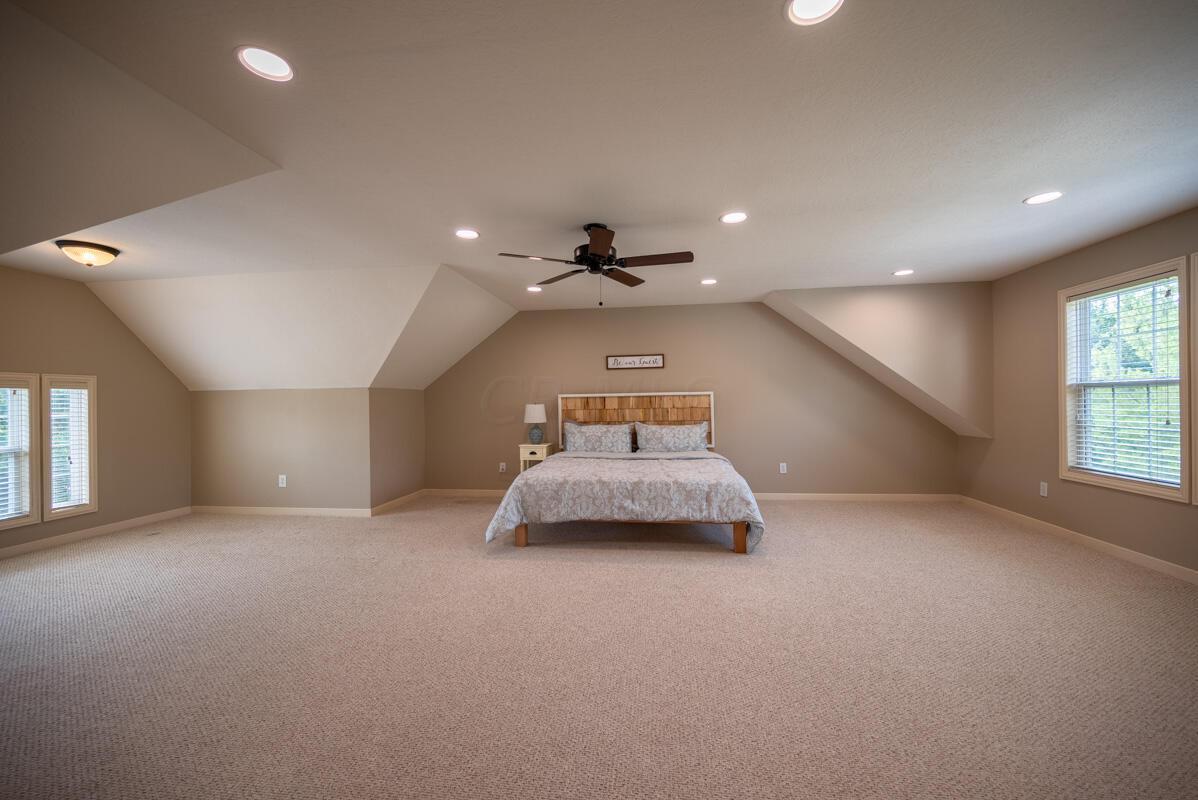 Bonus room/Bedroom 5