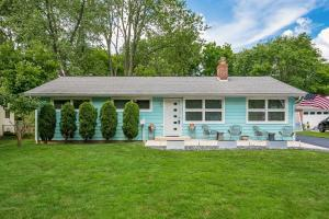 414 E Clearview Avenue, Worthington, OH 43085