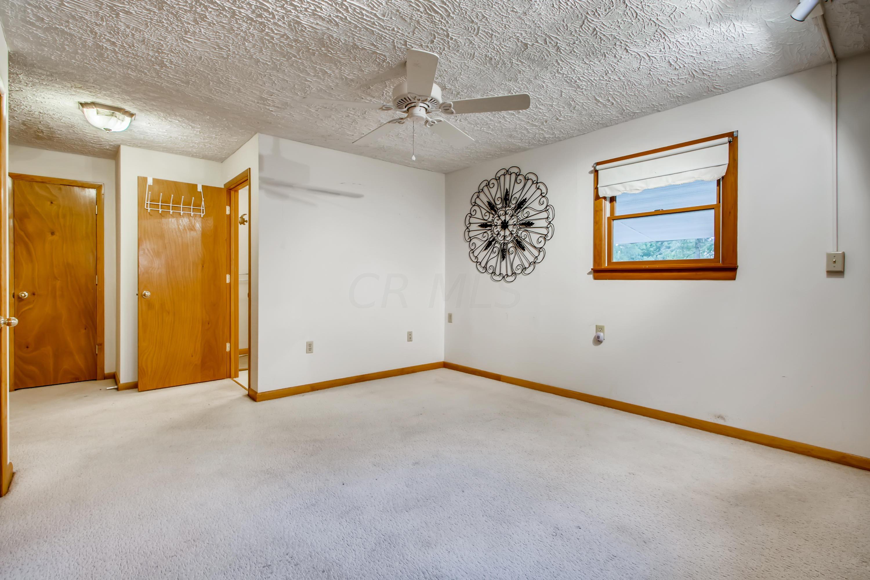 15 Primary Bedroom
