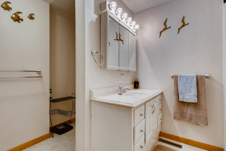 16 Primary Bathroom