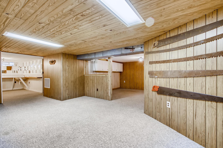 23 Lower Level Recreation Room