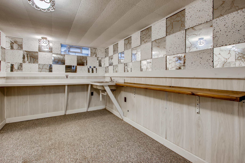 24 Lower Level Recreation Room