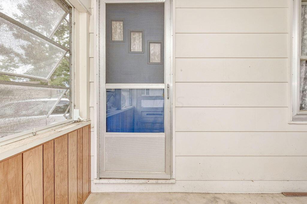 12-Porch