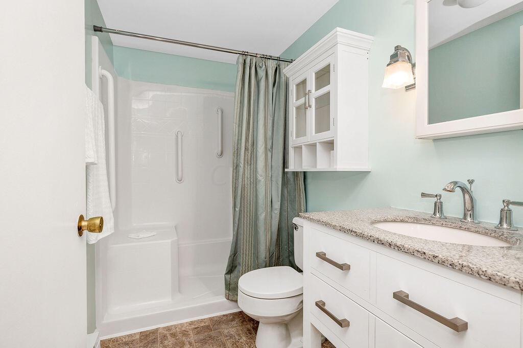 13-BathroomOne