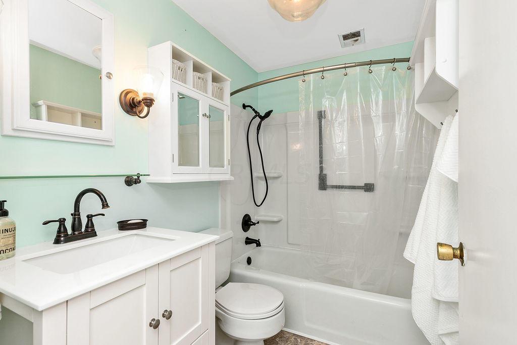 18-BathroomTwo