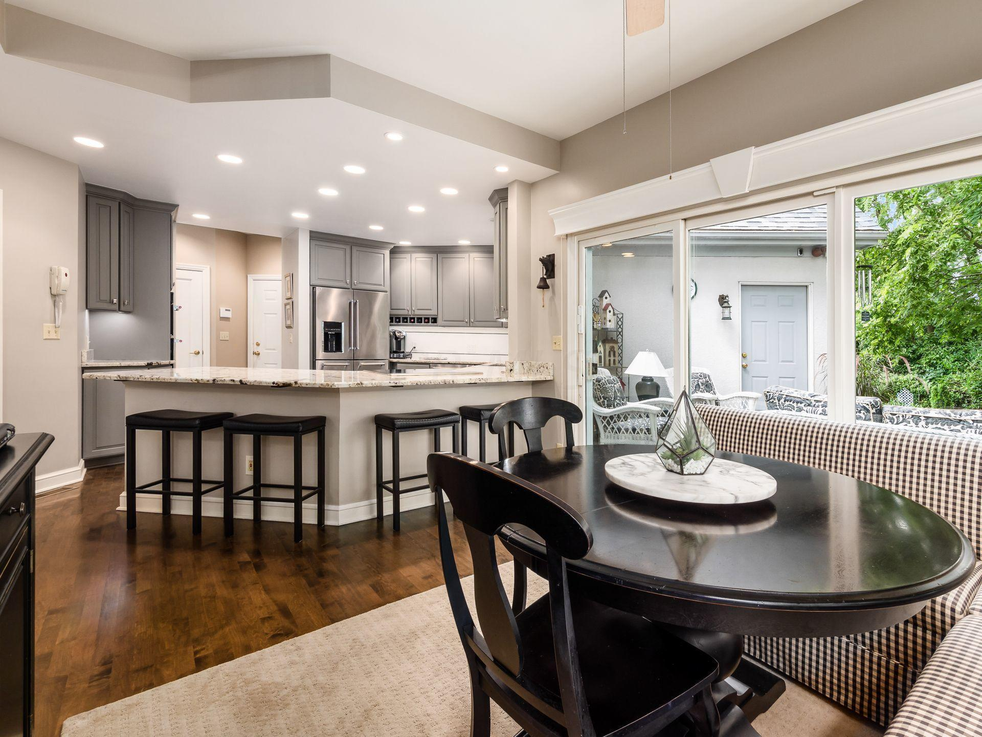 Eating Space/Kitchen