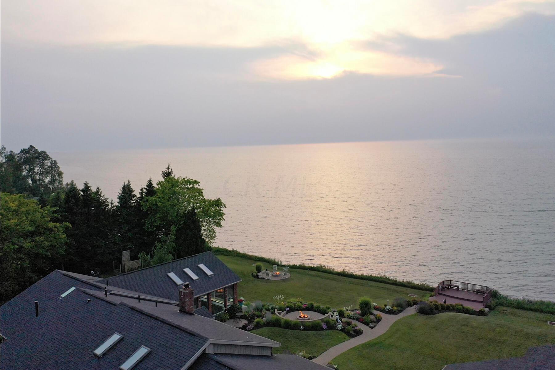 2829 Lake Rd