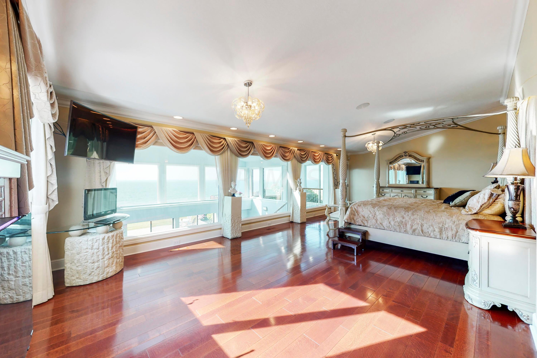 Primary bedroom