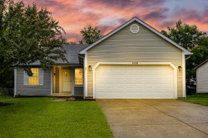 1439 Mentor Drive, Westerville, OH 43081