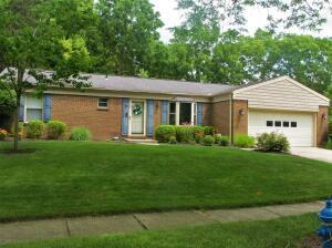 Undefined image of 830 Middlebury Drive N, Worthington, OH 43085