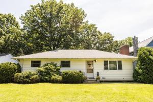 325 E North Street, Worthington, OH 43085