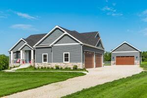 Undefined image of 8971 Licking Trails Road, Thornville, OH 43076