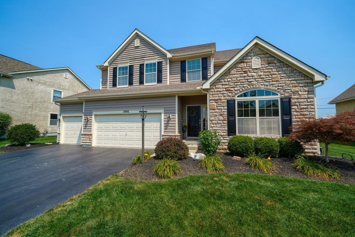 Photo of 3692 Hickory Rock Drive, Powell, OH 43065