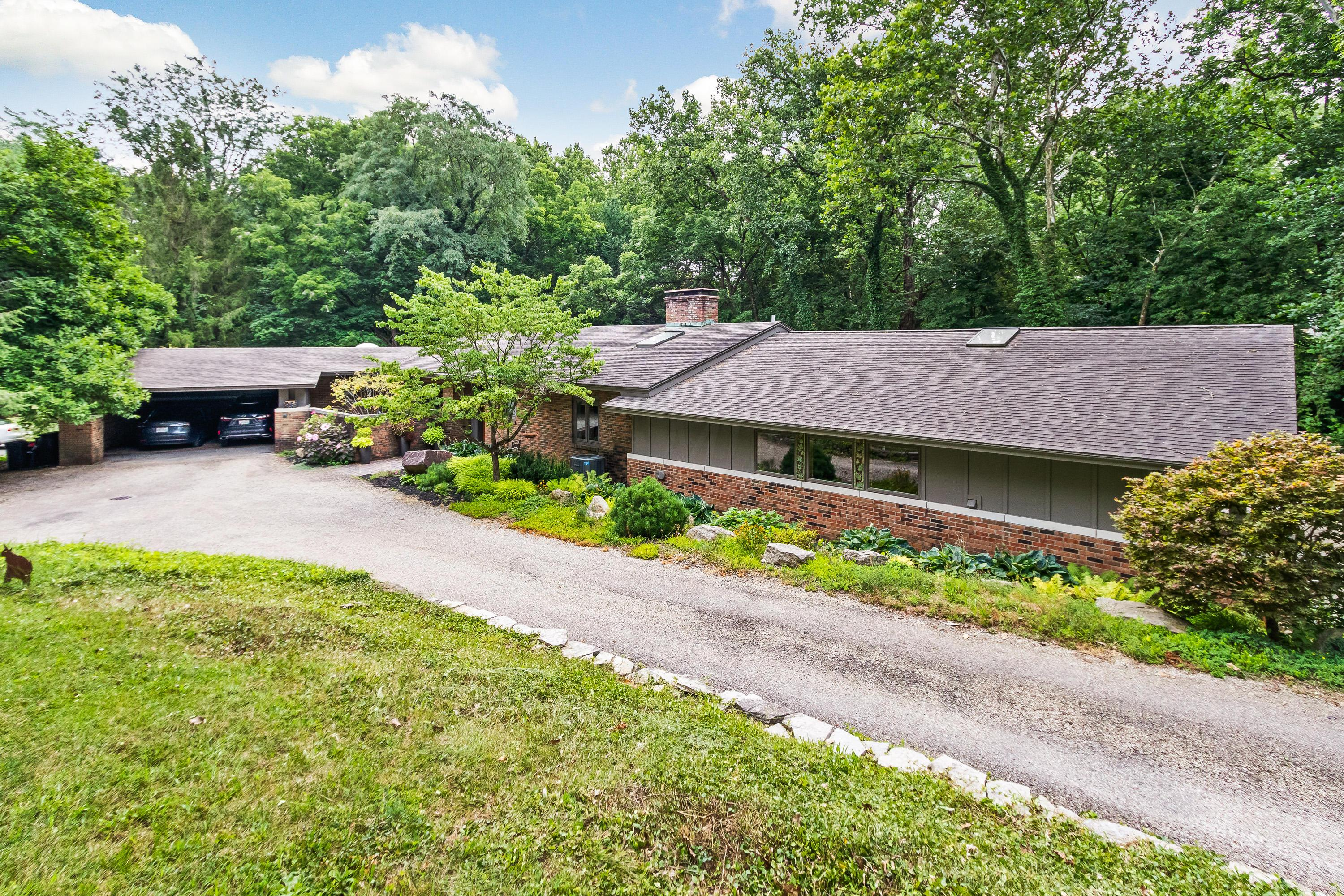 Photo of 5500 Olentangy River Road, Columbus, OH 43235