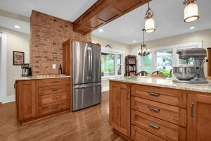 New kitchen while maintaining that classic Grandview Charm
