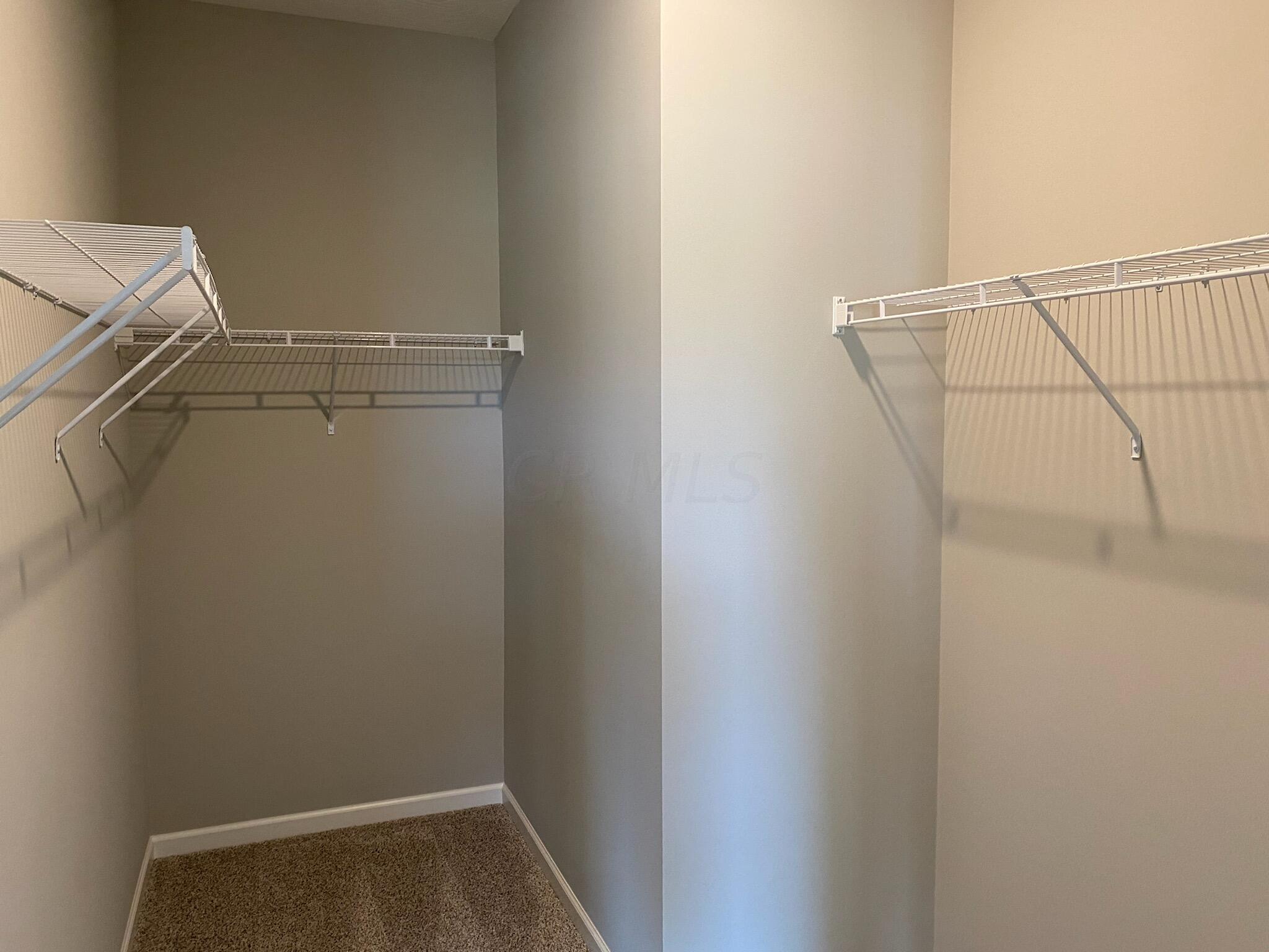 Logan- 5956 Closet