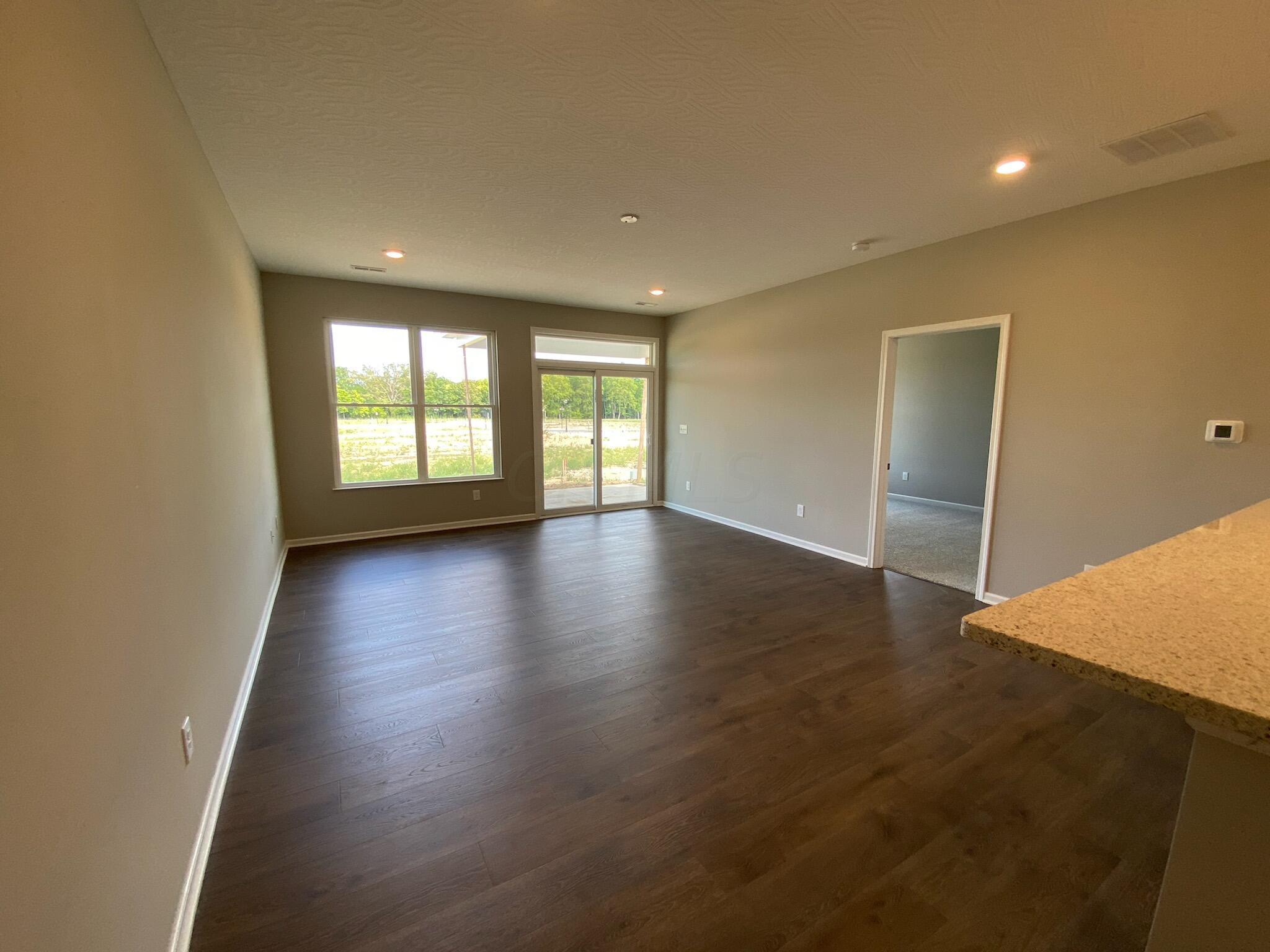Logan- 5956 Family Room