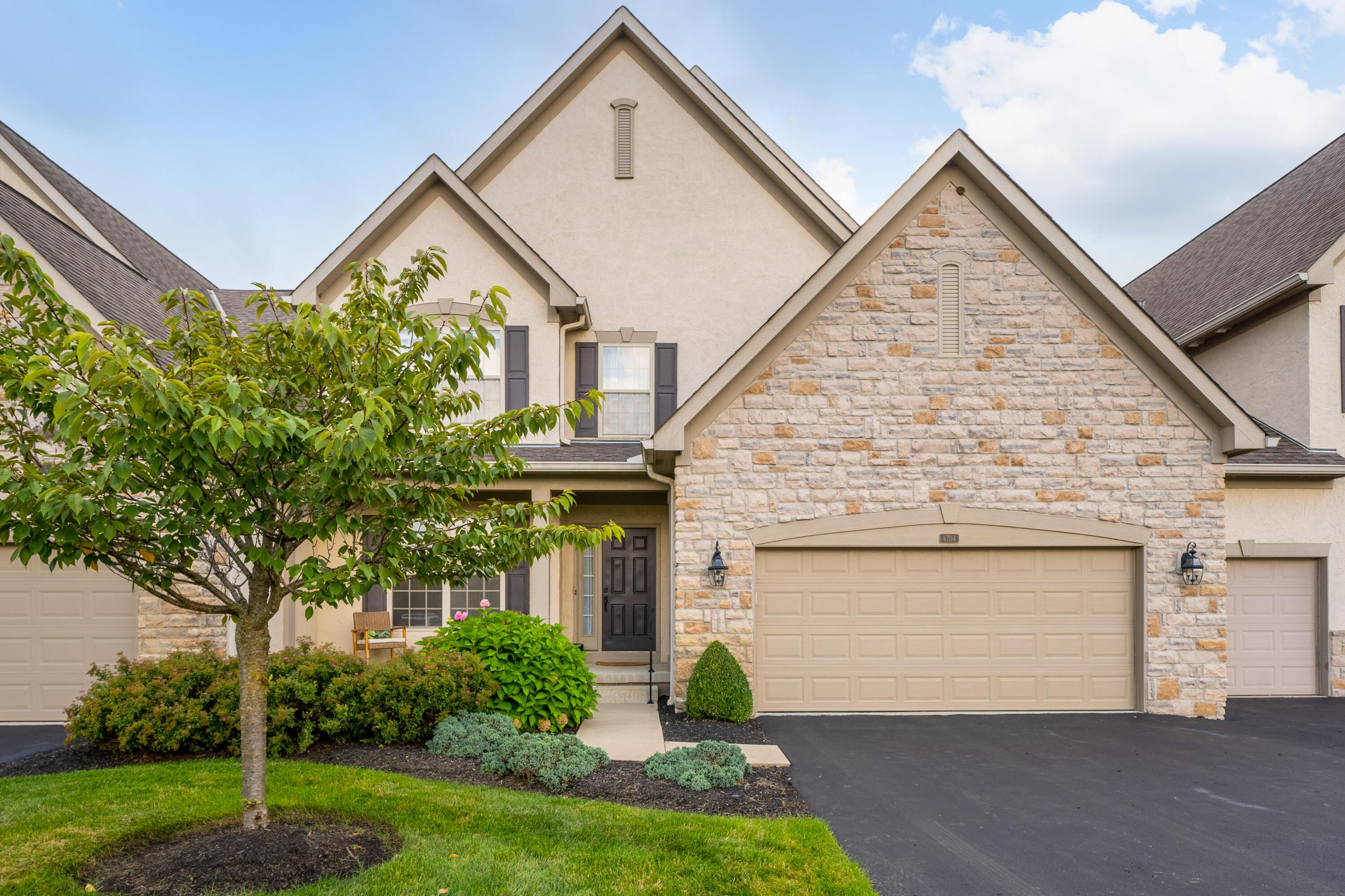 Photo of 6704 Knoll View Court, Powell, OH 43065