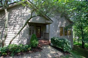 27 Donald Ross Drive, Granville, OH 43023