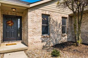 Undefined image of 167 Yonts Court, Etna, OH 43068