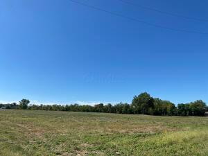 Undefined image of 0 Lithopolis-Winchester Road, Lot 16, Canal Winchester, OH 43110