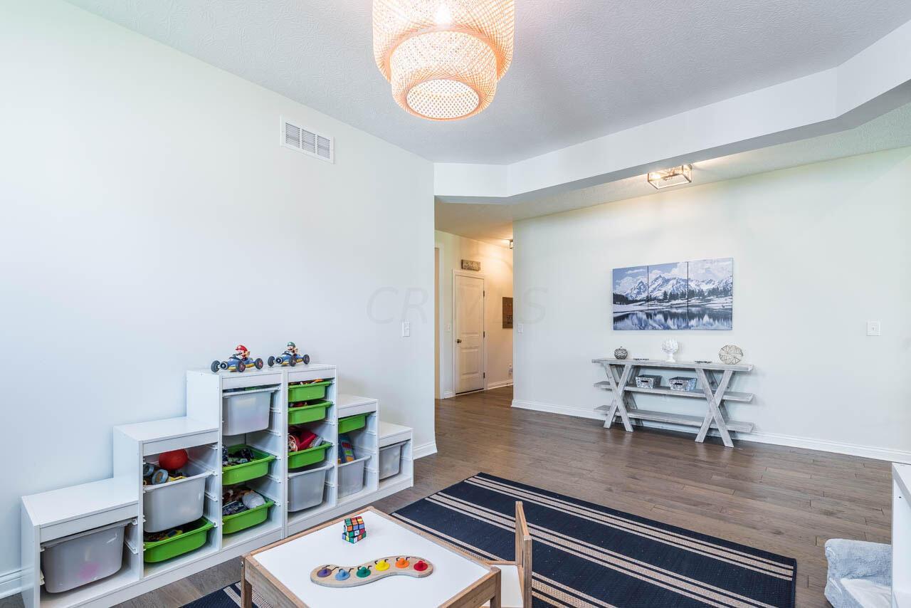 Dining Room/ Play Room