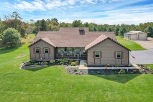 Undefined image of 5155 Township Road 98, Thornville, OH 43076