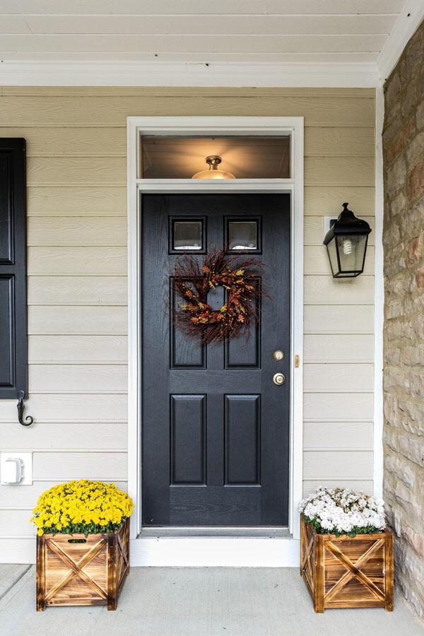 ke front door
