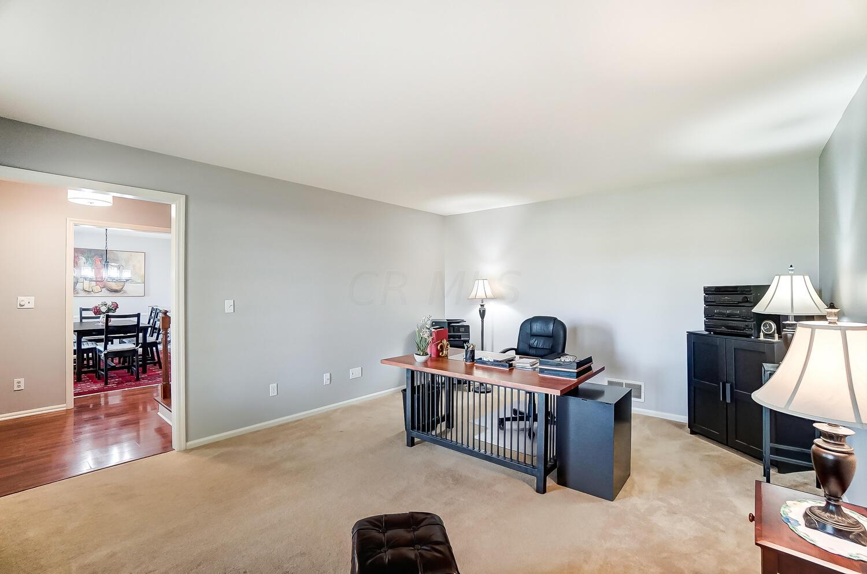 Living Room/Office