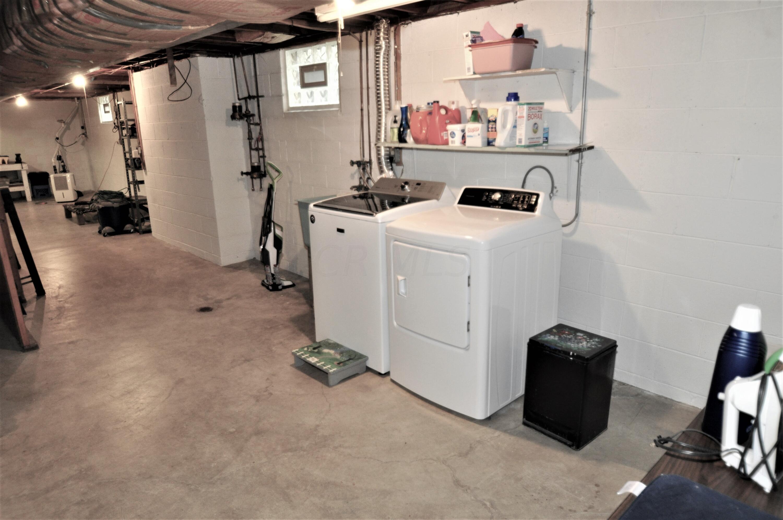 25' x 11' Laundry Area