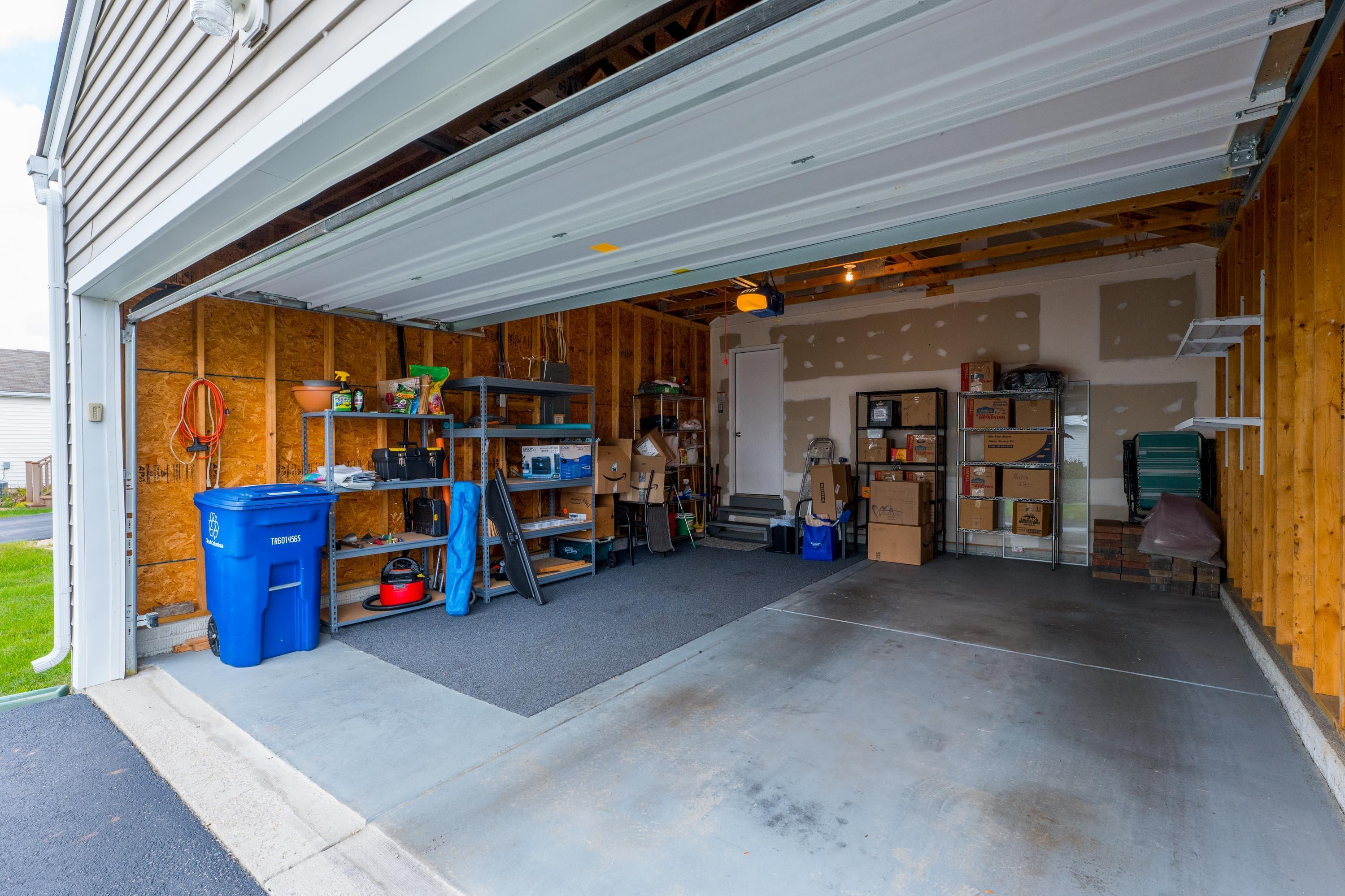 Extra Deep Garage
