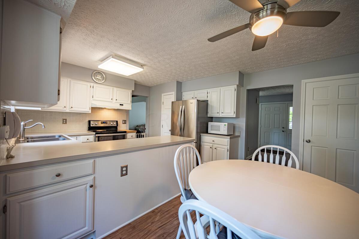 608 Bridgewater kitchen 3