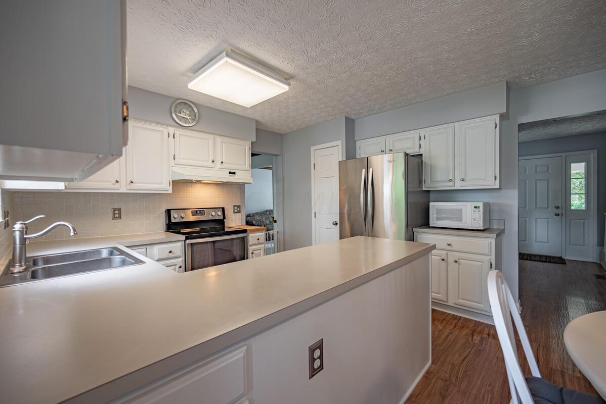 608 Bridgewater kitchen 6
