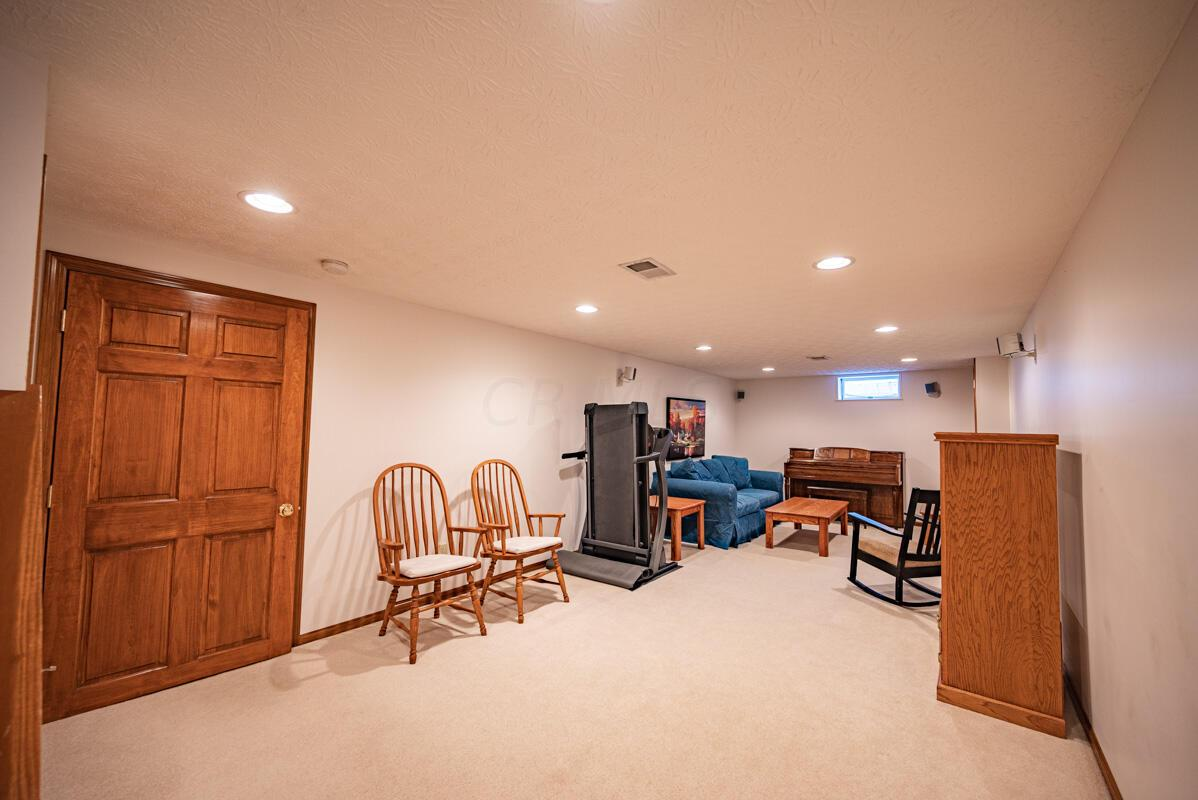 608 Bridgewater basement 1