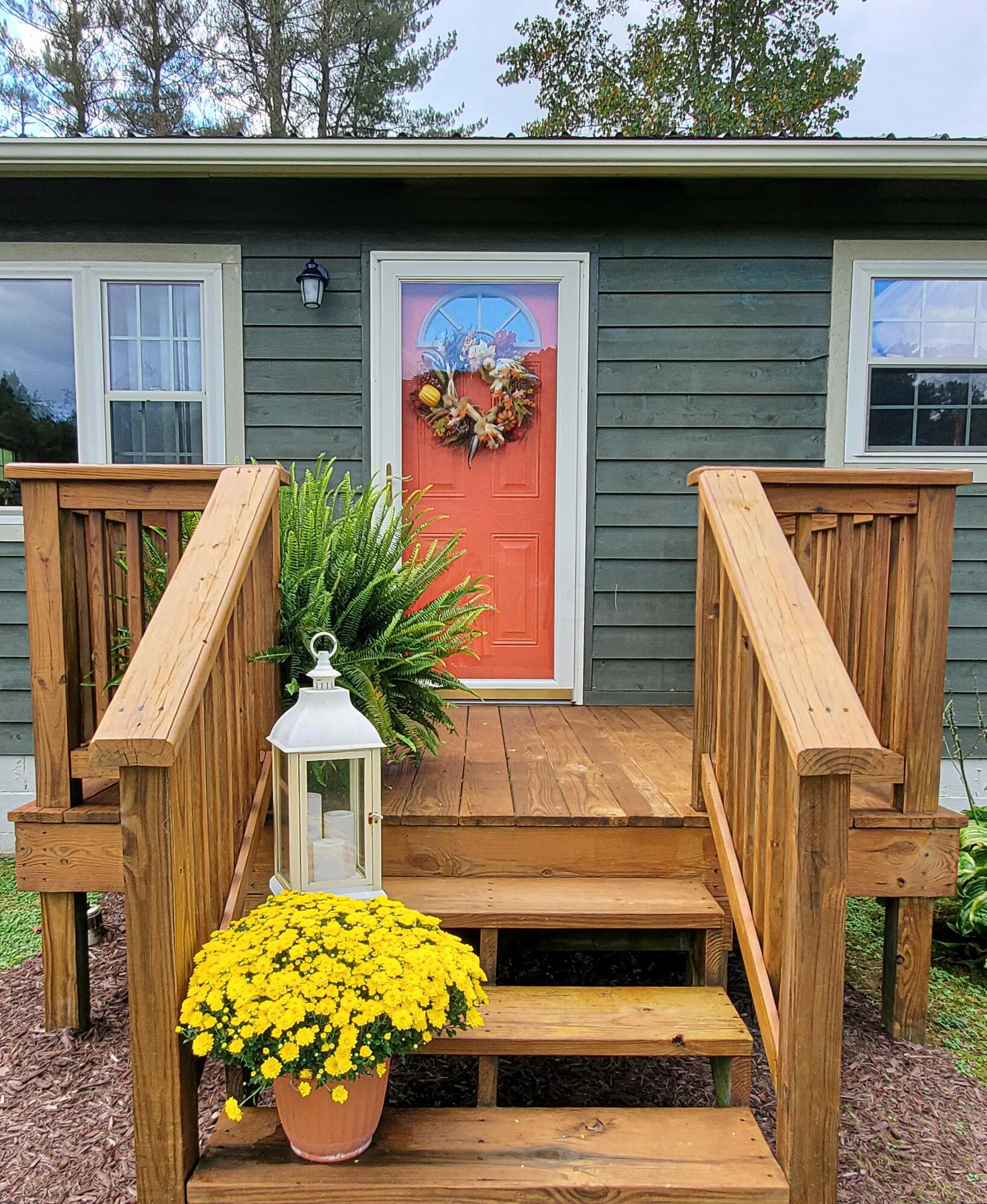 3.FrontPorch