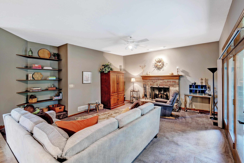 17-Family Room