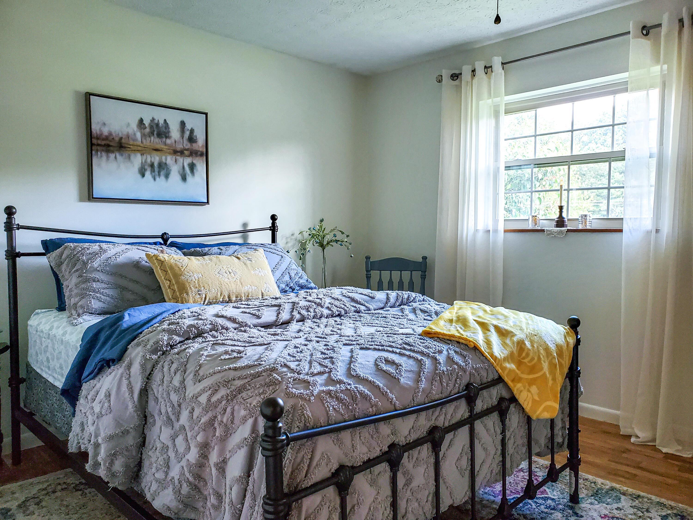 16.Bedroom2