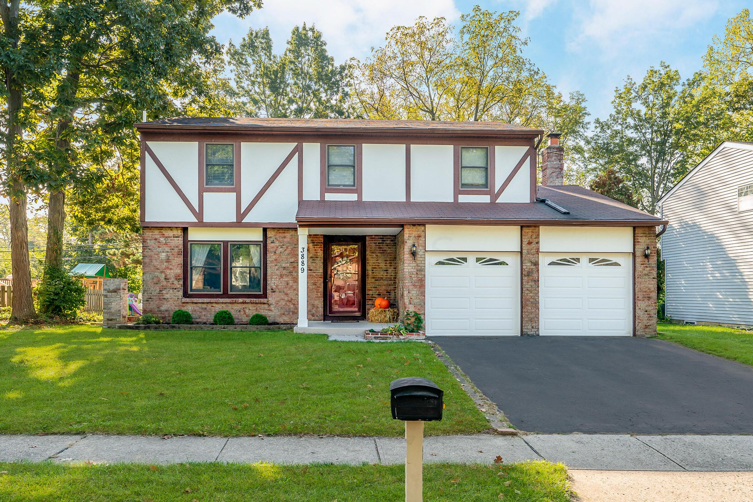 Welcome to 3889 Quail Hollow!