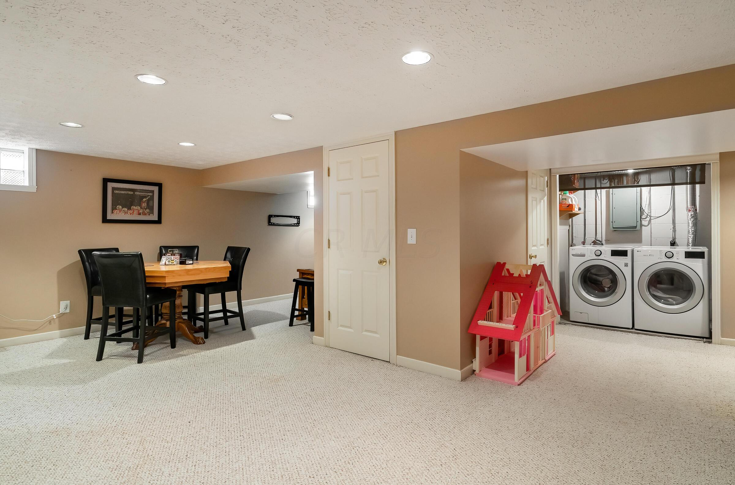 Open spaces for play and TV watching
