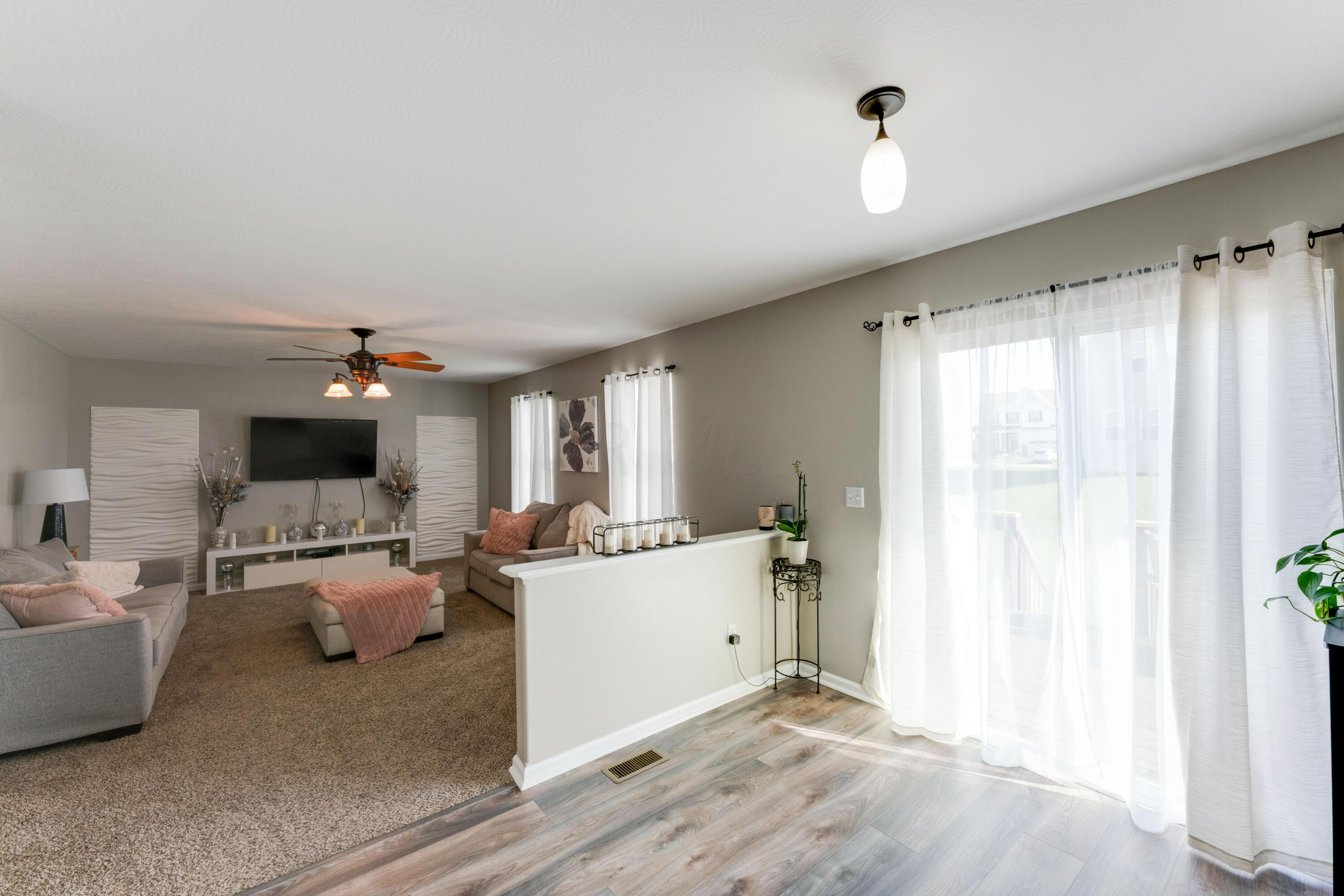 Family Room/ Eating Space