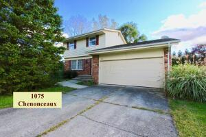 1075 Chenonceaux Drive, Marion, OH 43302