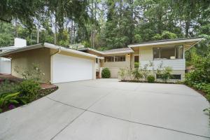 5316 Palm Drive, La Canada Flintridge, CA 91011