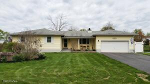 181 MIDDLE Road, Drums, PA 18222