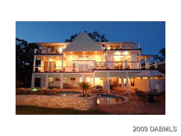 Photo of 12 Hammock Oak Court, Palm Coast, FL 32137