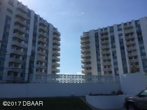 925 N Halifax Avenue, 1105, Daytona Beach, FL 32118