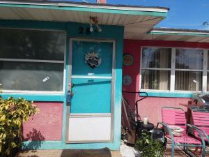 285 Williams Avenue, Daytona Beach, FL 32118